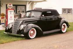 Link to '37 Ford