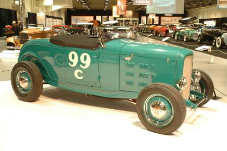 '32 at Grand National Roadster Show